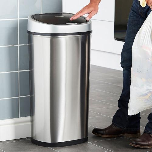 la poubelle vonhaus 50 litres grande capacit et 3 coloris pour vous plaire. Black Bedroom Furniture Sets. Home Design Ideas